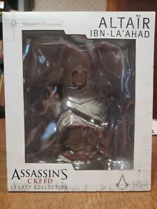 Assassins Creed Legacy Collection Altair Bust