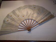 ANTIQUE VINTAGE ORIENTAL HP OLD PAPER FOLDING HAND HELD FAN WHITE YELLOW MUMS