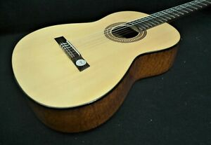 HOFNER HF15 CLASSICAL Guitar SOLID SPRUCE TOP & Quilted Mahogany body GERMANY