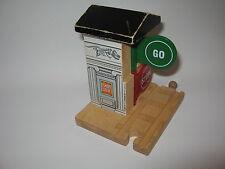 STOP GO SIGNAL for  Wooden Train Track Set ( Brio Thomas  )