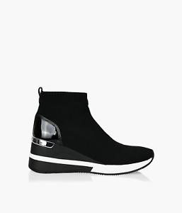 Michael Michael Kors Womens Skyler Bootie Sneakers Black