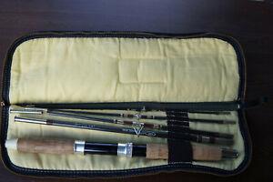 Vintage True Temper Traveler / Traveller Model 225T 6-1/4' 5 Piece Fishing Rod
