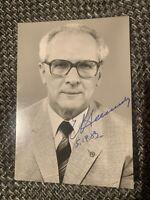 Erich Honecker - Original signierte Autogrammkarte 1983 - DDR Staatsrat