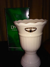 """Donegal Belleek Porcelain CONNAMARA Vase Gold Claddagh 8 3/4"""""""