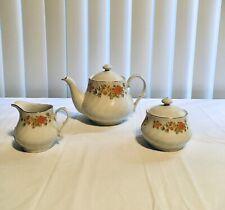 Lynns vintage teapot With Lid, creamer sugar set Ec