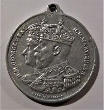 "England ""H. M. George V R & I H. M. Mary Queen"" in alluminio."