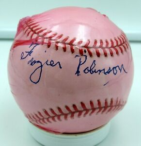 Frazier Robinson  - Autographed Ball - Baltimore Elite Giants  - Negro Leagues