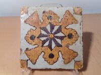 Carreau ancien faience ceramique orientale Tunisie Afrique Nord art islamique