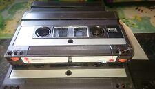Video 2000 utiliza cinta de cassette