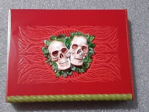 "Emerald Green Sea Glass Skull The Lovers Trinket storage Box  Size 10"" x 7"" x 2"""