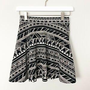 VICTORIAS SECRET PINK Womens Skirt Size XS Fit & Flare Geometric Print Black NWT