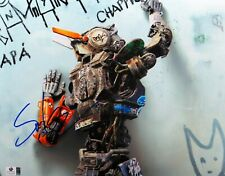 Sharlto Copley Signed Autographed 11X14 Photo Chappie Spray Paiting GV809648