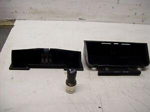 Volvo 740 760 940 960 Aschenbecher und Zigarettenanzünder vorne 1258895 1258894