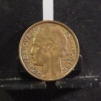CIRCULATED 1931 50 CENTIMES FRENCH COIN (60218)1