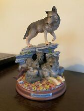 2013 The Bradford Exchange Autumn Tranquility Protectors of the Pack Statue Wolf