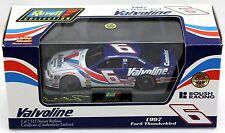 Revell Collection #6 Mark Martin Valvoline 1997 Thunderbird Diecast NASCAR 1:43