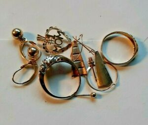 Canadian Junk drawer lot of Scrap and wearable gold jewelry 8 grams