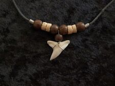 BLUE SHARK TOOTH COCONUT WOOD BEADED FISHING HUNTER CHARM COOL NECKLACE cc-wb40
