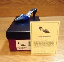 Raine Just the Right Shoe Coa Box Midnight Promise 25101