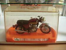 Guiloy Yamaha HC 750 Electric in Red on 1:10 in Box