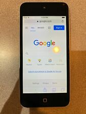 Apple iPod touch 5th Generation Silver/Black with Accessories (16 Gb)