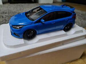 AutoArt Ford Focus RS Nitrous Blue 1:18 72953