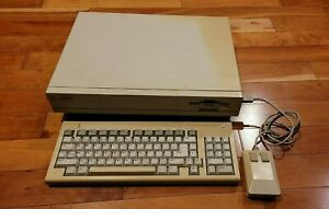 Commodore Amiga 1000 - Tested and Working