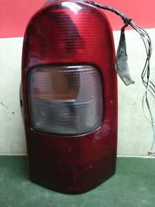 1999 - 2005 Chevrolet Venture Montana Silhouette RH PASSENGER tail light Used OE