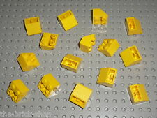 15 pieces LEGO Yellow Slope Brick 3660 / Set 7774 369 6075 375 7816 744 671 149