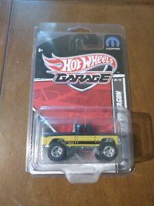 Hot Wheels Garage '70 Power Wagon Real Riders Black Yellow RARE Japanese Sticker
