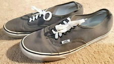 VANS Sneakers - Mens size 10 Canvas Skate Walking SOLID GRAY Tennis Shoes MINT