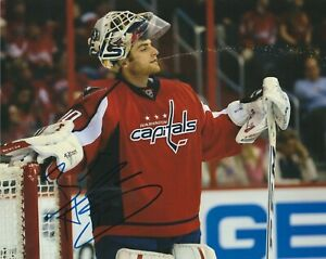 BRADEN HOLTBY SIGNED WASHINGTON CAPITALS 8X10 PHOTO W/PROOF # A