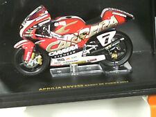 APRILIA GP RSV 250 /R.DE PUNIET 2004  / IXO 1/24