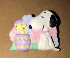 Snoopy Woodstock Collectible Easter Egg Pin #15 Hallmark Peanuts Gang Brooch