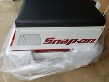 *New & Sealed* Snap On Tool Creeper Roller Seat w/ storage LIMITED EDITION