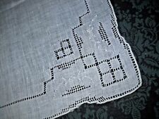 VINTAGE WEDDING HANKIE HANDKERCHIEF~DETAILED EMBROIDERY, CUT OUTS