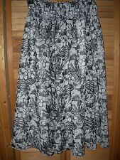 *NEW* NWT GEORGE Black and White Flower Contrast Mid Calf SKIRT Medium 8 - 10