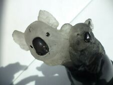 RARE VINTAGE CARVED SIGNED SMOKY QUARTZ KOALA MOM AND BABY SCULPTURE STONE BASE