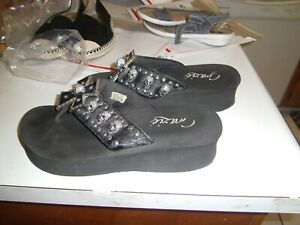 GRAZIE BRAND BLACK SANDALS WITH CROSS AND SKULLS