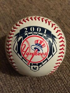 NY YANKEES AUTOGRAPH BASEBALL 2001 AS OF 6/1/2001 NEW YORK MINT CONDITION. RARE.