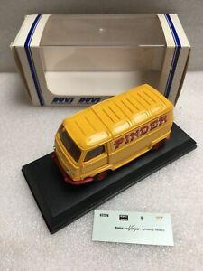 DUVI Miniatures (Odéon Norev) Renault Estafette Pinder 1/43 Camionnette Cirque