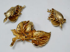 Vintage Hattie Carnegie Set Brooch Pin Clip On Earrings Signed 59C Leaves Twigs