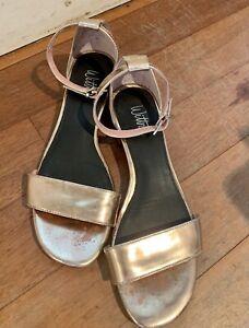 Wittner Rose Gold Sandals Size 36
