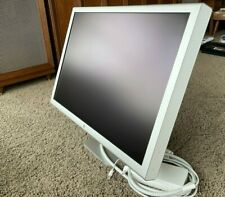 Apple Cinema 30 HD Display - A1083 - Power and dual link DVI Adapters included