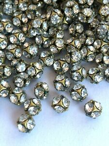 RB24 - 100 Made w/ Swarovski Rhinestones - 4mm Crystal Rhinestone Ball Beads