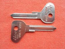 2 VOLKSWAGON VW BEETLE KEY BLANKS 1971 1972 1973 1974 1975 1976 1977 1978
