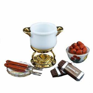 Dollhouse Miniature Reutter Chocolate Fondue Set with Strawberries 1.410/6