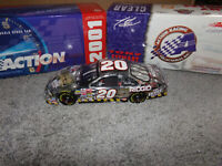 1/24 TONY STEWART #20 HOME DEPOT / JURASSIC PARK III CLEAR 2001 ACTION NASCAR