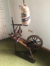 Spinnrad - wahrscheinlich aus den 20er Jahren, wertvolle Intarsienarbeit