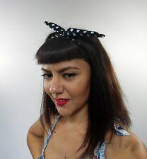 Bandeau foulard cheveux rigide cordon maléable fin tissu noir à pois blancs rock
